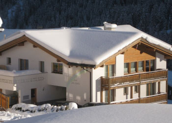 garni arch san martin pension samnaun winter